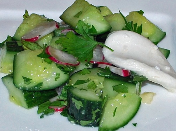 fresh-cucumber-radish-salad