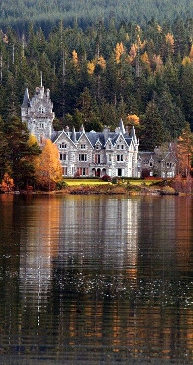 Ardverikie House - Loch Laggan, Scottish Highlands 11 3 13
